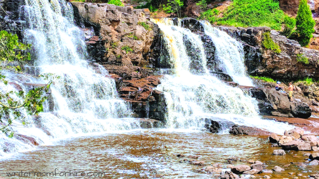photo of gooseberry falls on trip to two harbors mn