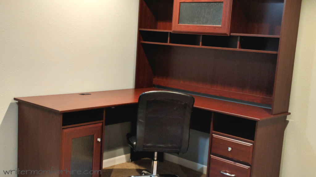 photo of Bush Furniture Cabot L shaped desk
